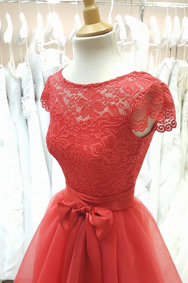Menyecske ruhák Fehér Rózsa Menyasszonyi Ruha Szalon