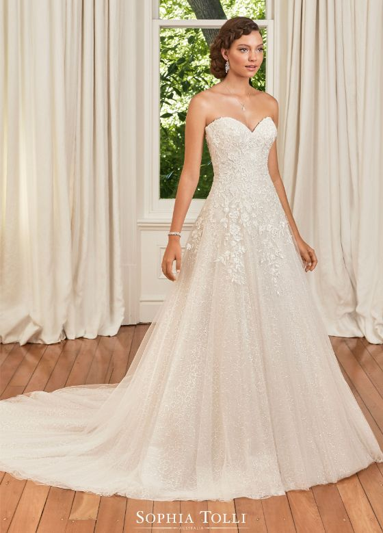 Sophia Tolli Avery menyasszonyi ruha